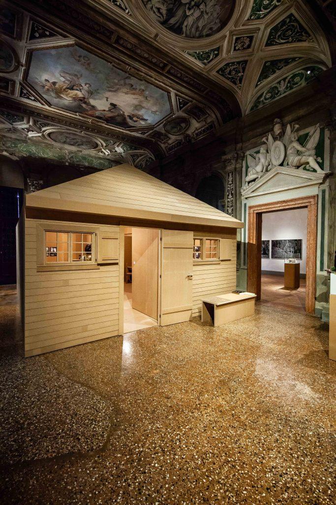 Fondazione Prada, Heidegger's hut