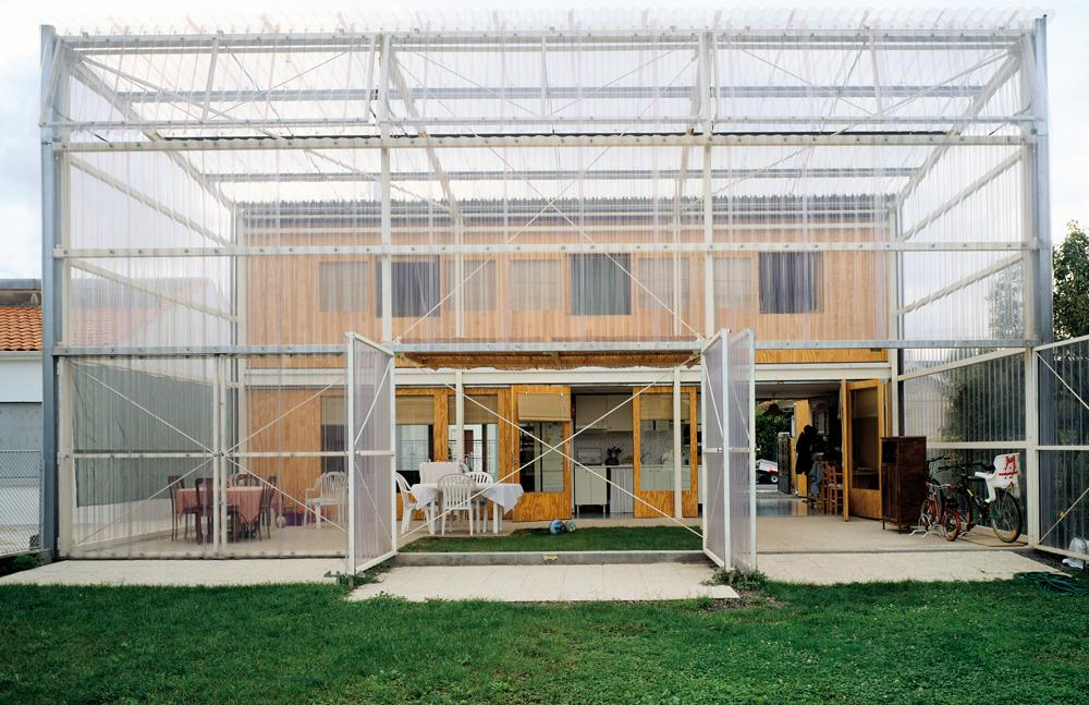 Latapie House by Lacaton & Vassal, with transparent polycarbonate panels, photo ©Philippe Ruault