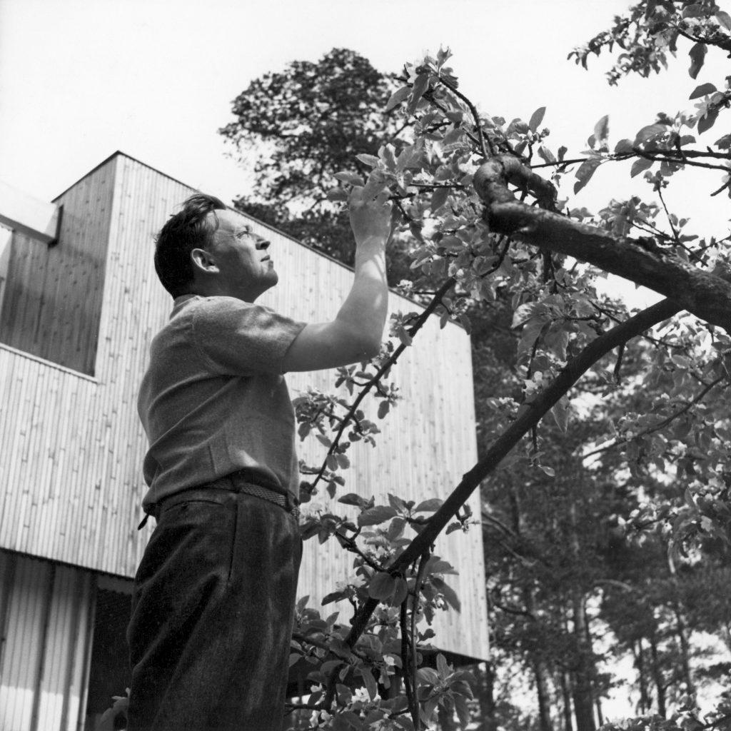 Alvar Aalto, Riihitie home, Helsinki